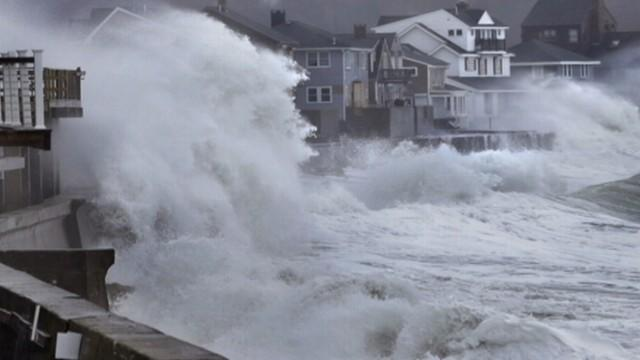 Winter Storm Hammers Sandy-Ravaged Areas