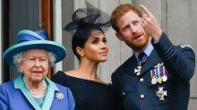 Hinweis der Queen: Verlieren Harry und Meghan ihre Titel?