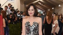 Celebs Who Aced Glitter On The Red Carpet