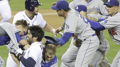 Greinke Breaks Collarbone in Brawl With Padres