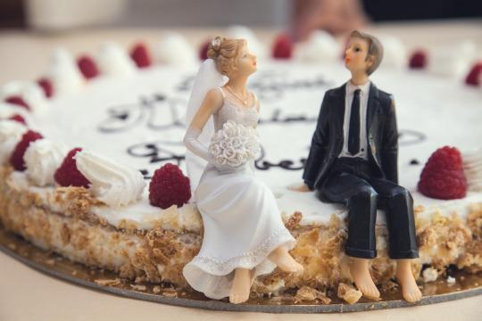 Greedy Newlyweds Email Guest to Say Wedding Gift Was Cheap