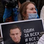 Protesters in Russia demand the release of Alexey Navalny