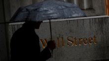 U.S. charges six investment bankers over insider trading scheme