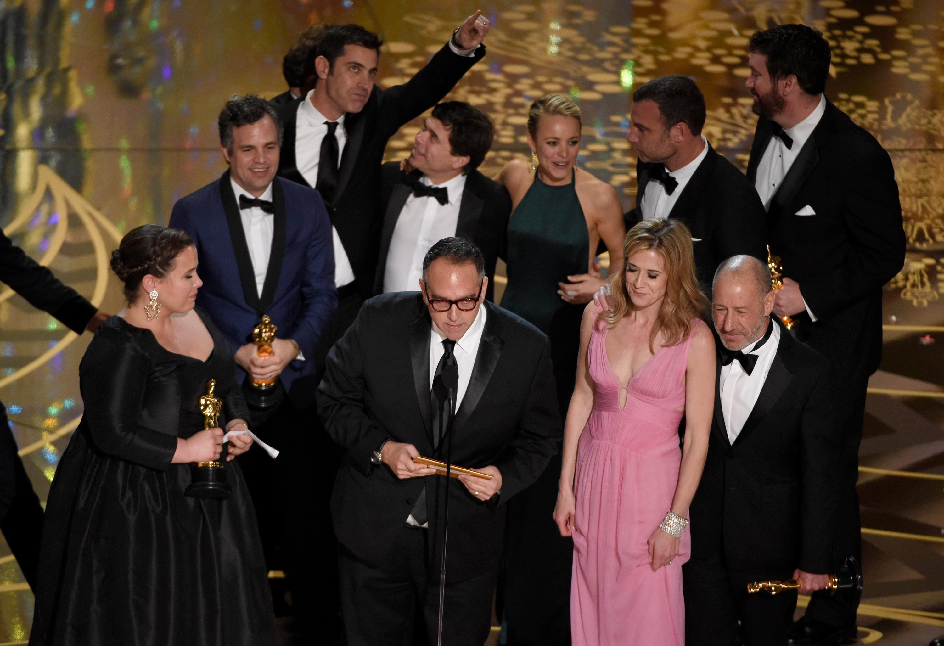 'Spotlight' Wins Oscar as 2016 Best Picture; See the ...