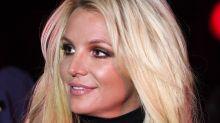 Britney Spears pode ter sido forçada pelo pai a se internar e a tomar remédios, diz site