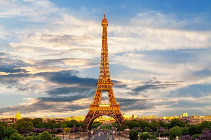 France adopts cryptocurrency regulation; asks EU to follow suit