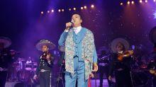 Dvicio la lían con el Grammy a Juan Gabriel