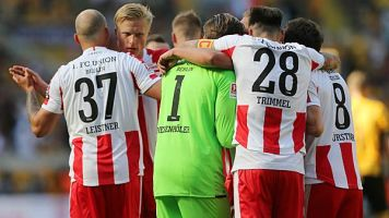 2. Bundesliga: Dynamo Dresden vs. Huddersfield Town heute live sehen: Livestream