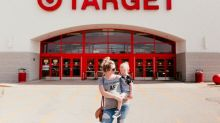 Expectant mom has fun maternity shoot at her favorite store