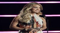 Carrie Underwood Embraces R&B at CMT Awards
