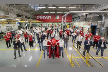Ducati Multistrada V4不僅快又帥,還率先搭載ACC系統