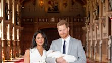A Body Language Expert Analyzes Meghan and Harry's Royal Baby Photo-Call