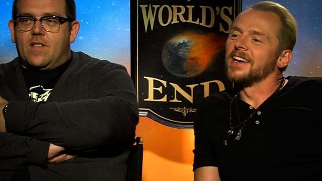 Simon Pegg, Nick Frost have a pint at
