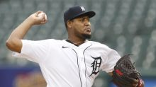 Report: Veteran RHP Ivan Nova agrees to deal with Rockies