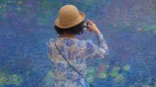 14 personas que combinan a la perfección con las pinturas que contemplan