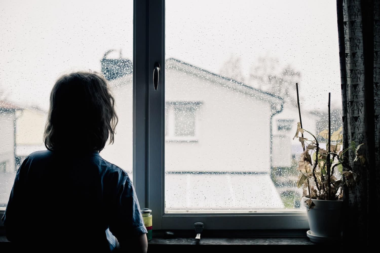 Ab wann kann man Kinder allein zu Hause lassen?