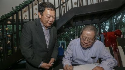 Kit Siang: Umno defectors can join PH after they atone for BN's abuses