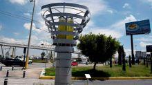 Usarán árboles artificiales para combatir la contaminación del aire en México