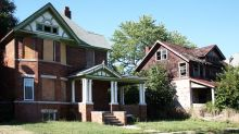 The surprising ways foreclosures make housing-market downturns even worse