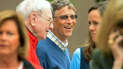 Buffett, mum on a successor, dreams of 'elephant-sized' acquisition