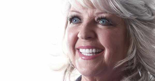 Paula Deen's Home Lights Up Savannah