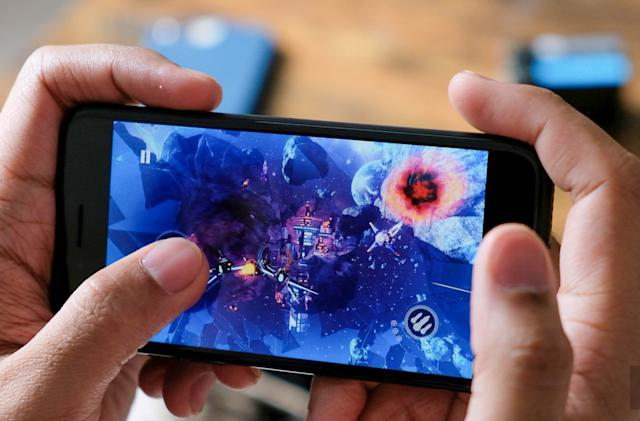 Global smartphone shipments tanked by 20.4 percent due to the pandemic
