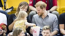 Sneaky toddler steals Prince Harry's popcorn at Invictus Games