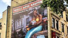 """""""Wolle Dose kaufen?"""": Hamburger Biermarke Astra kassiert Shitstorm wegen rassistischer Werbung"""