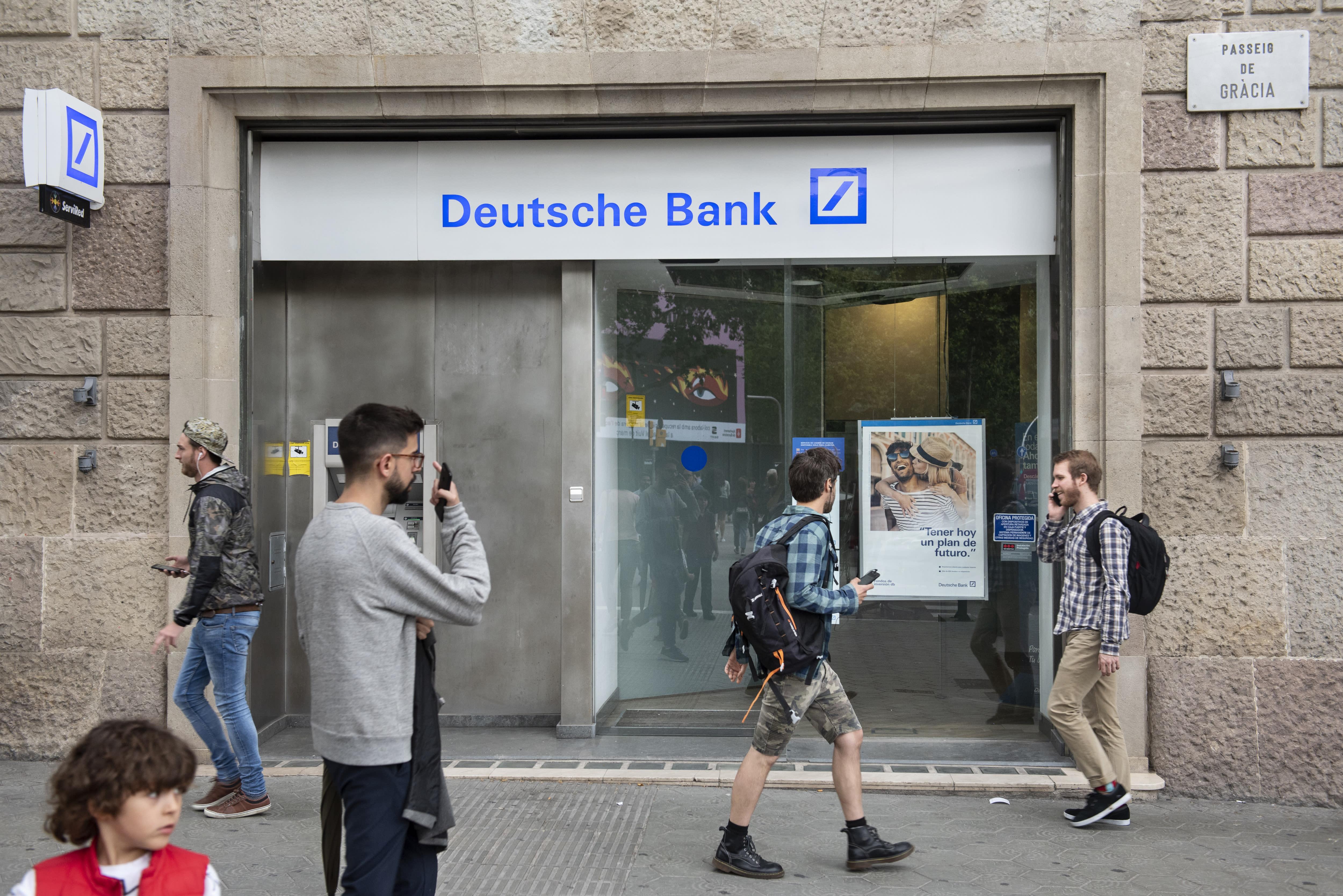 Deutsche Bank to axe 18,000 jobs and exit stock trading