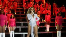 Beyonce Tries to Pick Up Solange, Falls During Her Coachella Set