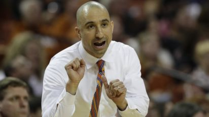 Shaka Smart is trying out a new look this season