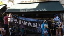 """""""Il y a eu un gros clash"""": divisés sur les moyens d'action, les jeunes pour le climat ont perdu une partie de leurs militants"""