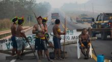 Amazon indigenous protesters end roadblock