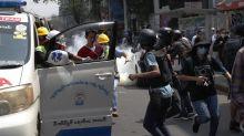 Decenas de detenidos y al menos un herido en la represión policial en Birmania