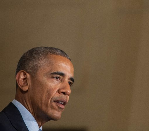Obama urges Americans to vote for Clinton