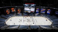 NHL Roundup: Point has two goals, two assists as Bolts blank Panthers 5-0