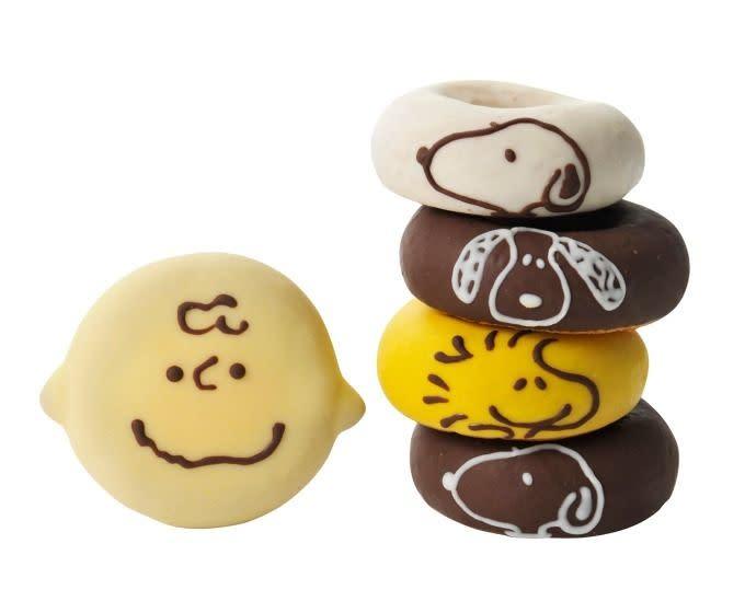 Snoopy 甜甜圈
