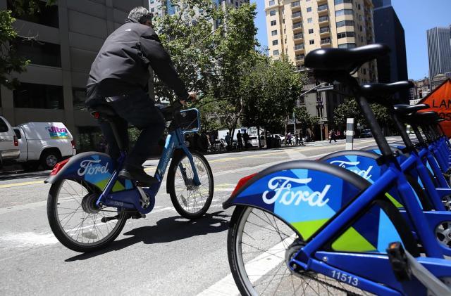 Lyft sues San Francisco to block rival bike-sharing services