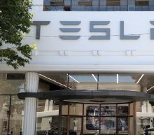 Tesla will equip all its cars with full self-driving capabilities