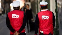 """Calendrier, """"clause à l'italienne"""" et transition progressive... Que prévoit la réforme des retraites pour les cheminots et les agents de la RATP?"""