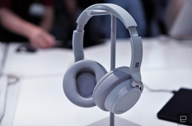 Pre-order Microsoft's Surface Headphones on November 15th