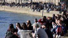 VRAI OU FAKE. Covid-19 : les rassemblements en plein air favorisent-ils la propagation du virus ?