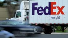 FedEx sees global trade slowdown, says U.S. economy still 'solid'