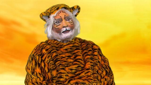 'Life of Pi' Tiger Interview: Sam Champion Channels Wild Side