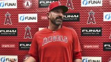 Angels suspend pitching coach Mickey Callaway after harassment allegations