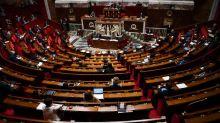"""Coronavirus : l'Assemblée vote le """"don de congés"""" aux soignants, sous la forme de """"chèques vacances"""""""