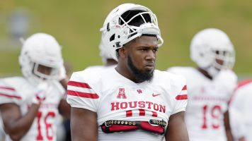 Top NFL prospect Ed Oliver in spat with coach