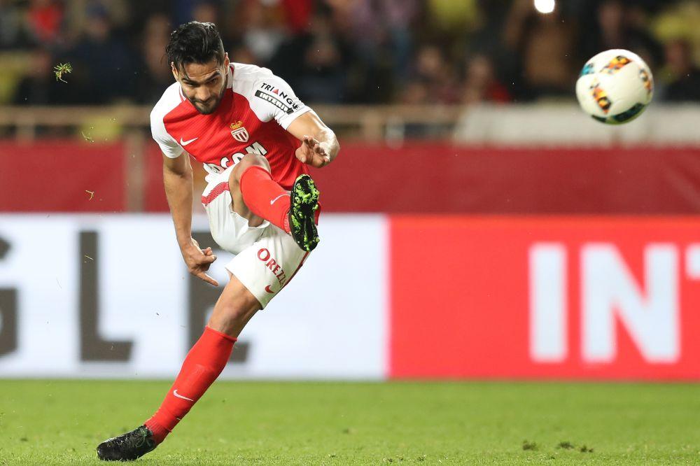 VIDEO: ¡Cortó la racha! Falcao se destapó en Champions contra Besiktas