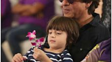 Shah Rukh Khan takes Abram as his date on the occasion of KKR completing 10 years