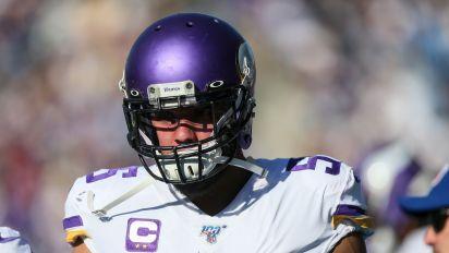 Barr's season over, major blow to Vikings defense